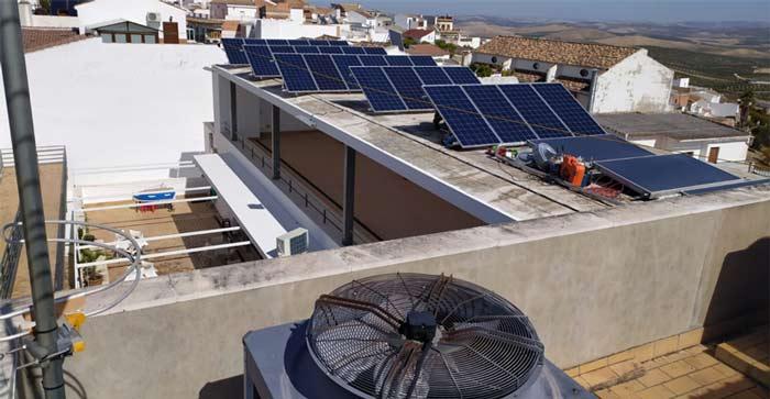 Gobierno de Córdoba implementará la economía baja en carbono mediante futuros proyectos